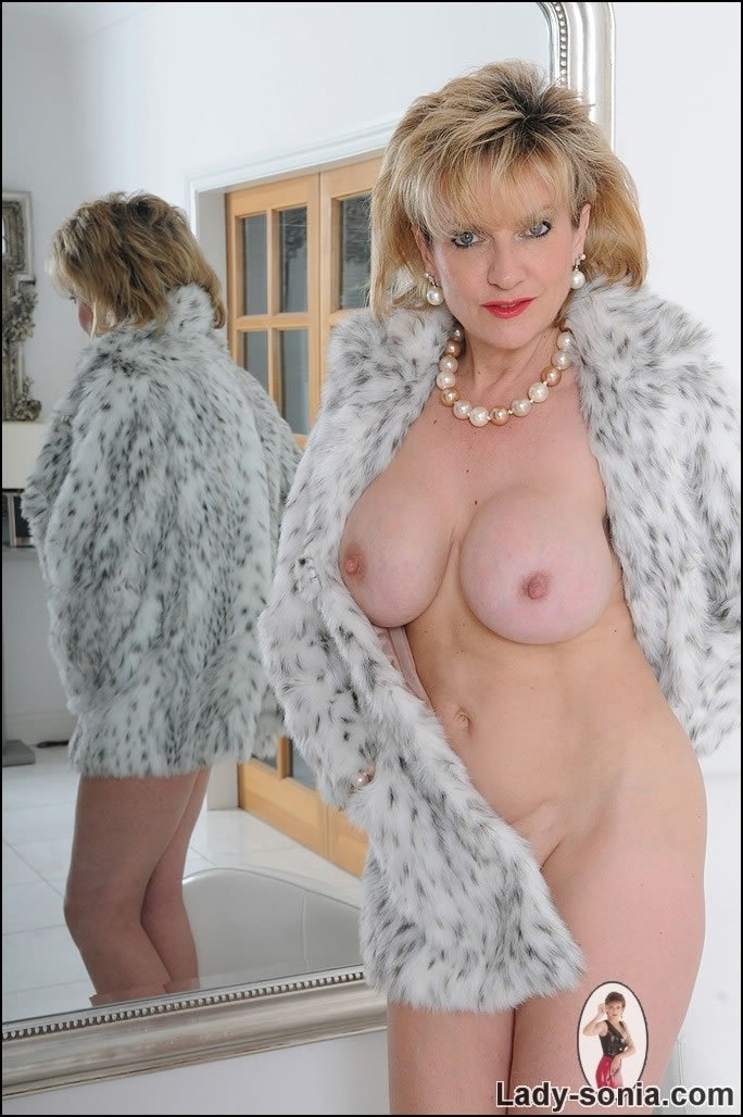 russian mature naked