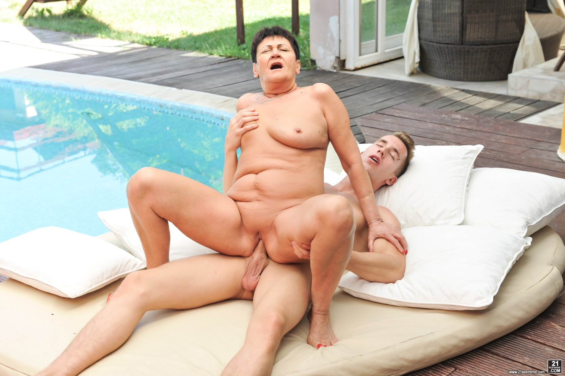 Fat women fucking pictures live homemade porn
