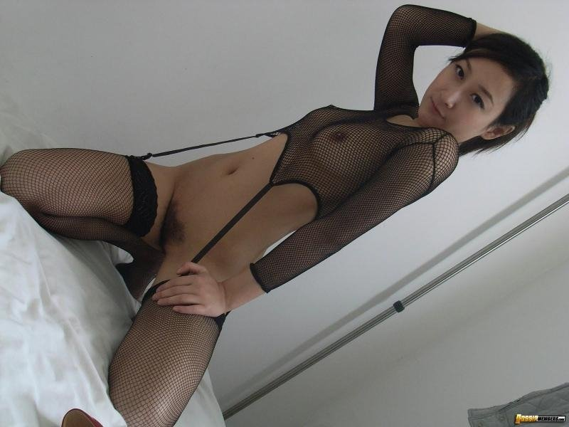 nude short haired girls