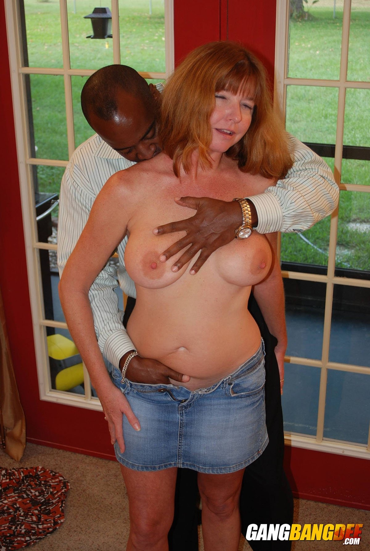 naked old women porn Mature older women geting fisted