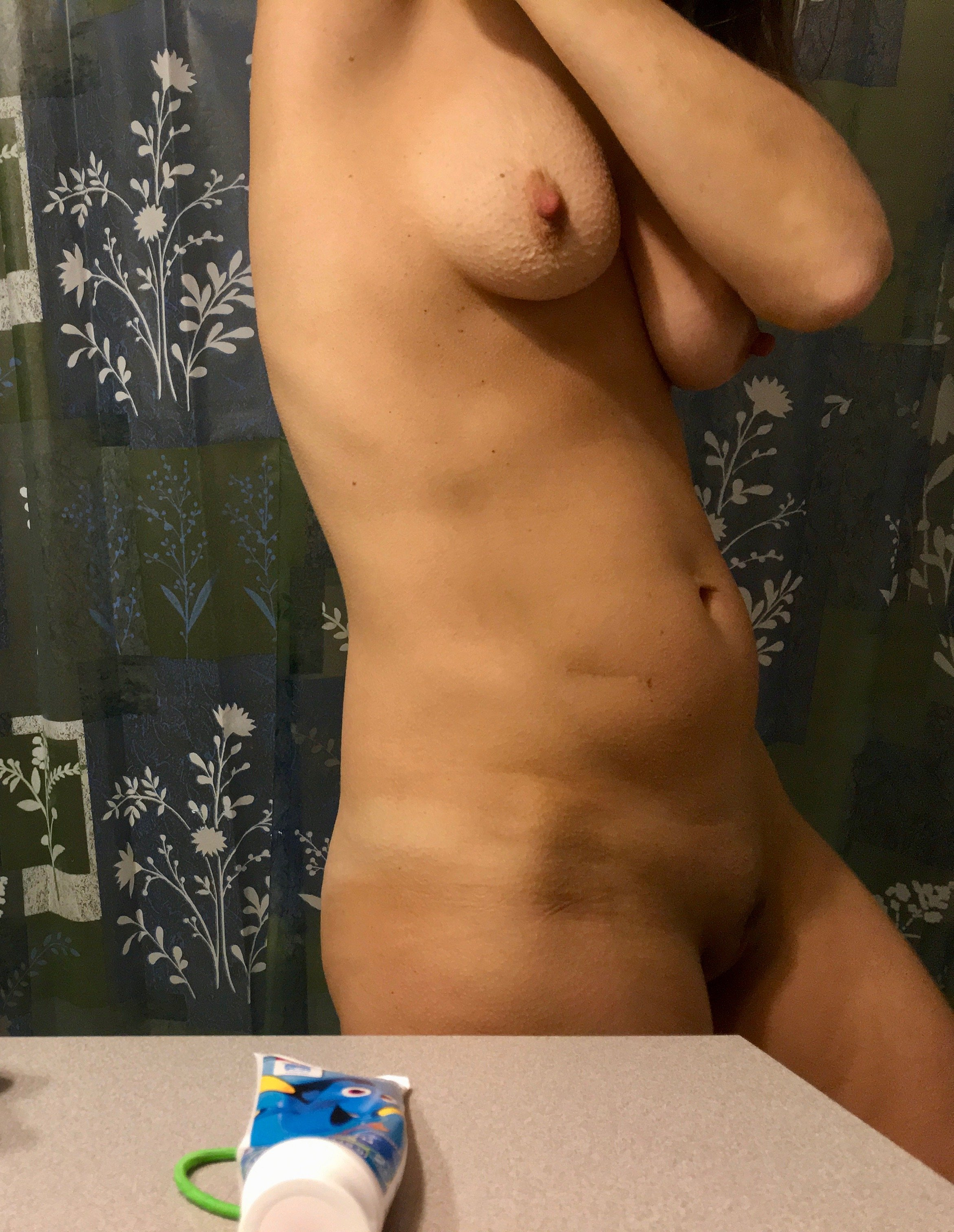 young milf gallery